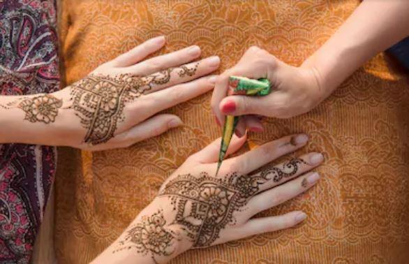 tatuajes temporales henna marrón