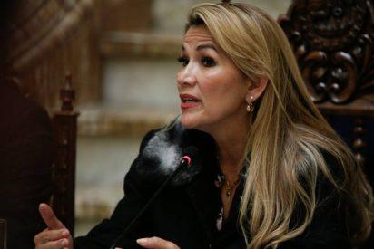 Bolivia responde a Pedro Sánchez y sus GEO: expulsa a dos diplomáticos españoles