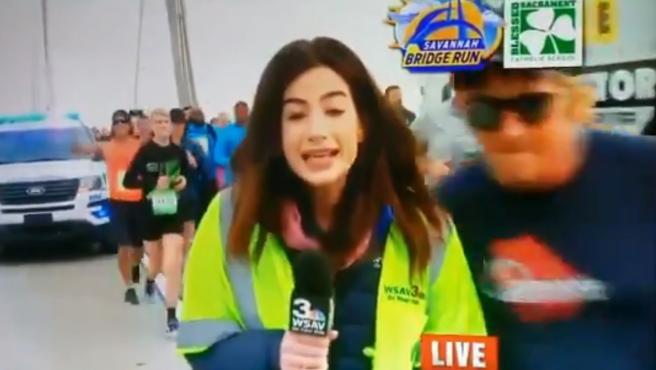 El maratonista que le dio una nalgada a una reportera durante una transmisión en vivo acaba detenido