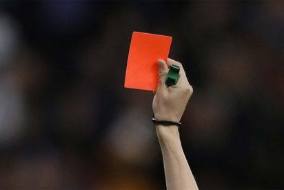 """Un energúmeno amenaza así a una asistente arbitral de 16 años durante un partido de fútbol: """"Como te pille fuera, te violo"""""""