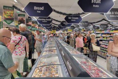 Llega a España el 'Mercadona británico' con un supermercado con etiquetas, carteles y productos en inglés