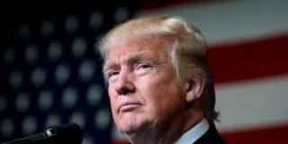 """Trump muy cabreado con Fox News por sus planes de entrevistar al """"totalmente desacreditado"""" ex jefe del FBI"""