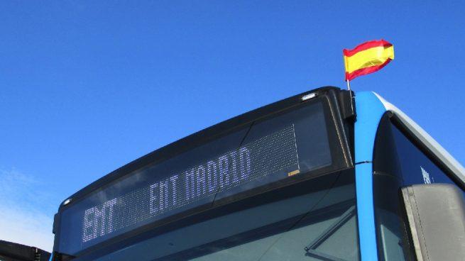 Madrid y Constitución: Los autobuses de la EMT lucen hoy la bandera de España