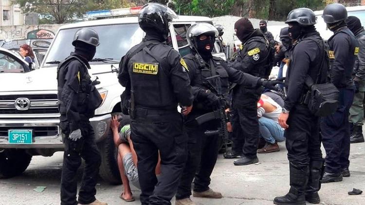Nuevas sanciones contra los chavistas: EEUU 'castiga' a Contrainteligencia Militar por la tortura y asesinato del capitán Rafael Acosta