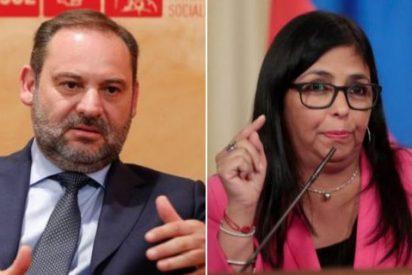 Ábalos, acorralado: la número dos de Maduro exigió ver a alguien del PSOE y el ministro tragó