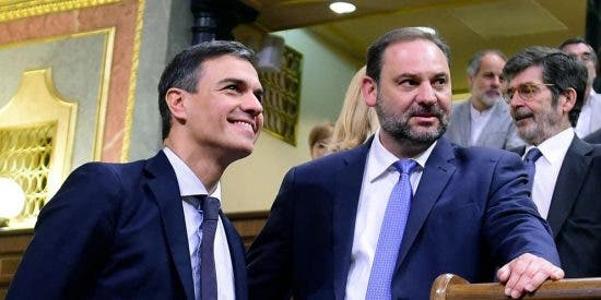 Twitter le clava un buen zasca a Ábalos y Sánchez a cuenta de las reuniones clandestinas