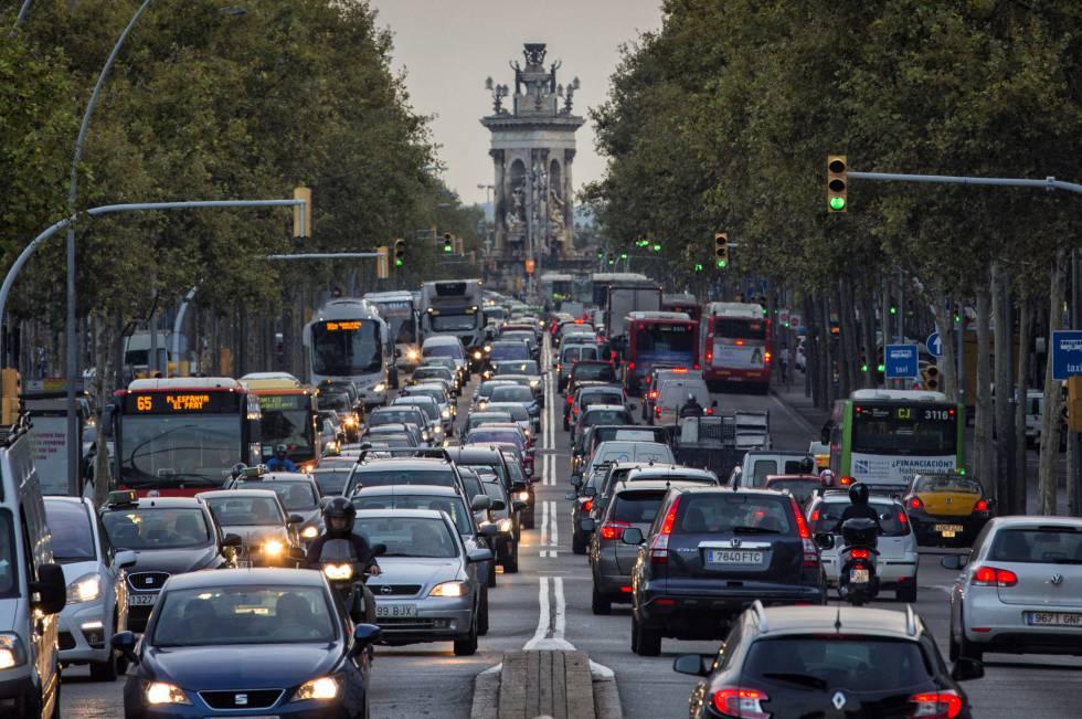 Tráfico urbano: Barcelona es la ciudad más congestionada de España y Madrid, la cuarta