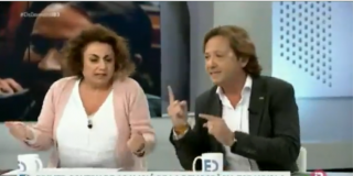 Minutazo de Jorge Campos (VOX) destrozando a una pancatalanista y socia de ERC por querer privarle de su derecho a manifestarse por España
