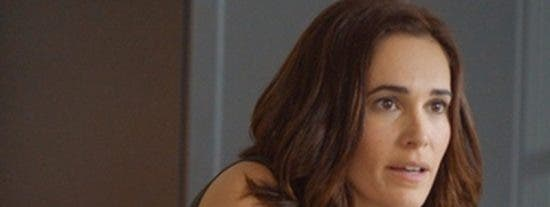 Premios Feroz y un topless en el photocall: la actriz que se queda sin vestido en plena celebración