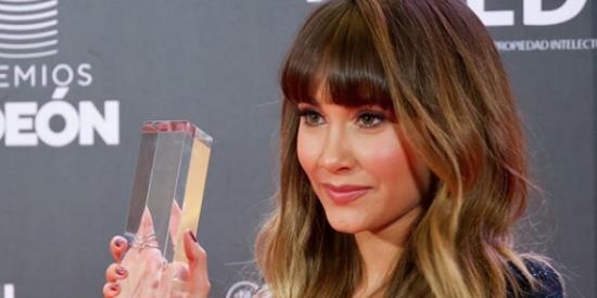 Aitana Ocaña o cómo ser la absoluta protagonista de los Premios Odeón: revela qué hace en Los Ángeles
