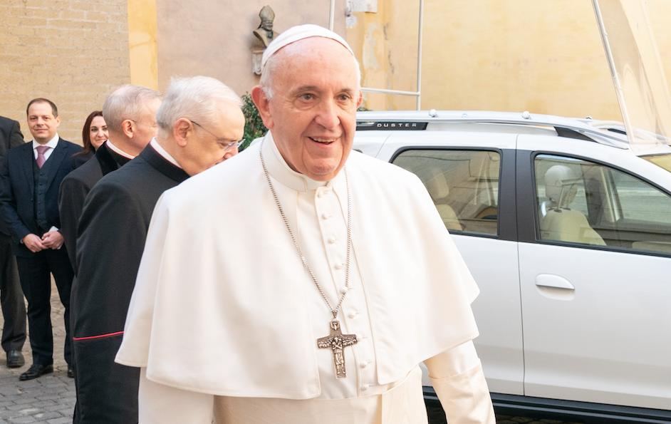 """El papa Francisco advierte de los """"trepadores"""" y recuerda: """"No se paga para ser cristianos"""""""