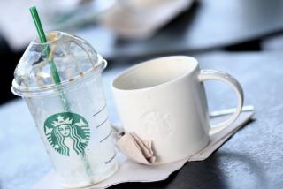 Starbucks cierra más de 2.000 tiendas en China por culpa del Coronavirus