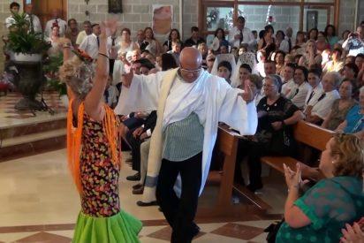 El cura flamenco de Málaga que triunfa con sus bailes en las redes sociales