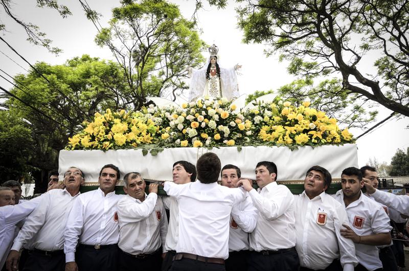 Fiesta de la Virgen de la Merced en la Isla Maipo, Chile: Imagen destacada del día