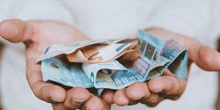 Detenida por negarse a pagar 4.500 euros de hotel en San Sebastián alegando ser 'famosa'