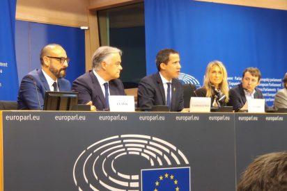 'Efecto Podemos': El PSOE da la espalda a Guaidó en el Parlamento Europeo