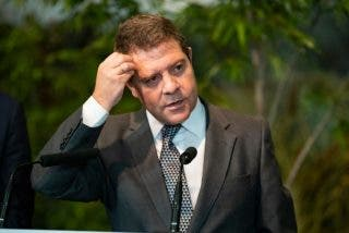 'Pacto de la Vaselina': los cobardes barones del PSOE tragan como faquires antes las cesiones de Sánchez a los golpistas