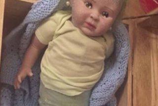 Santa le trajo una horrenda bebé sirena a su hija y terminó vinculada en una red de narcotráfico