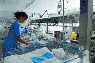 Hospitalizan a un bebé con daños cerebrales y todo apunta a los padres