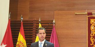 """Juan Guaidó desvela que el PSOE intenta """"subsanar"""" la reunión 'secreta' de Ábalos y Delcy Rodríguez"""