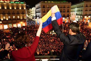Juan Guaidó ridiculiza a Pedro Sánchez y Pablo Iglesias con su baño de masas en la Puerta de Sol