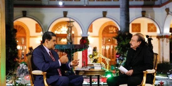 Ignacio Ramonet, el periodista español que compite con Jordi Évole en hacer 'entrevistas pelotas' a Nicolás Maduro