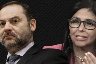 El ministro Ábalos se pliega a Podemos y se reune en secreto en Barajas con la vicepresidenta chavista Delcy Rodríguez