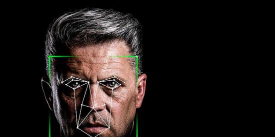 Clearview, la 'app' que usan la CIA y el FBI para saber todo de ti usando sólo la foto de tu cara