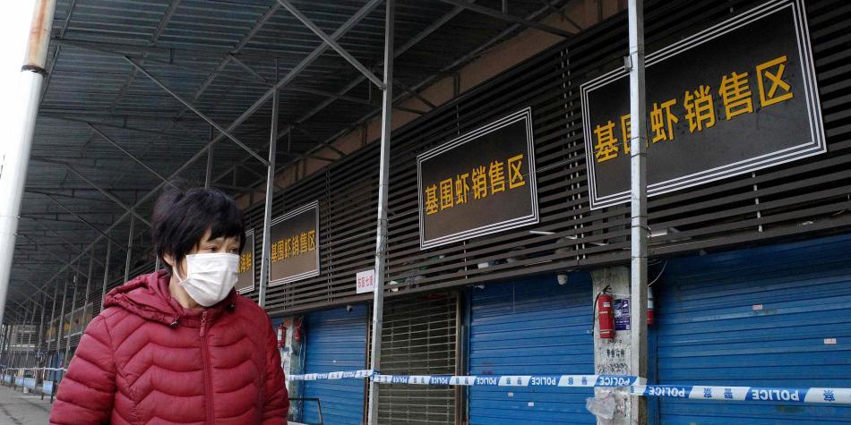 El hostil y sucio mercado donde 'nació' el peligroso coronavirus chino