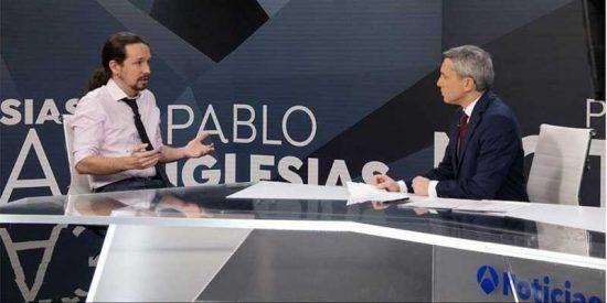 """La jauría podemita arremete contra Vicente Vallés por osar preguntarle a su líder supremo por Irene Montero: """"¡Machista! ¡Facha!"""""""