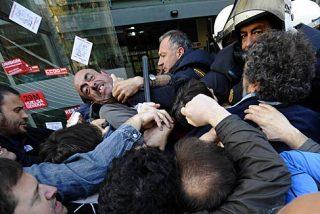 El Gobierno PSOE-Podemos arrancará dando vía libre a los piquetes violentos en las huelgas