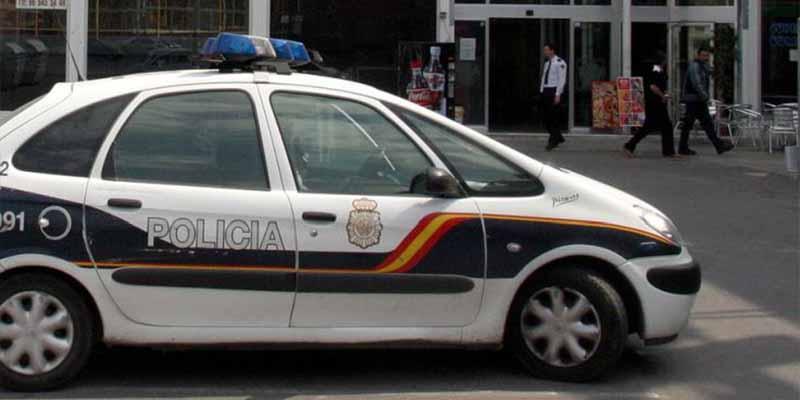"""Madrid: """"Cazan"""" a diplomático ecuatoriano en una fiesta ilegal con otras 35 personas"""