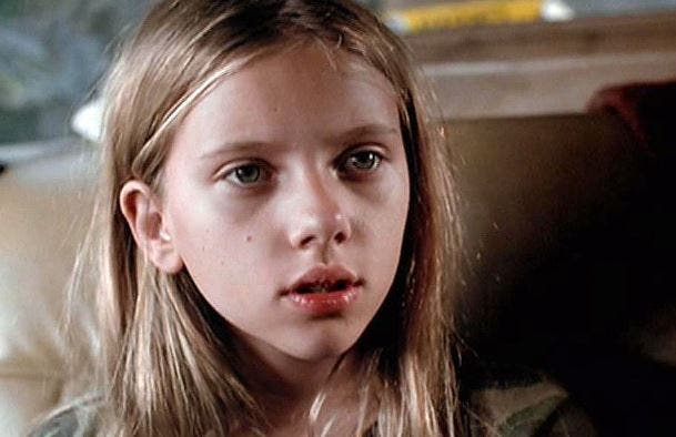 Scarlett Johansson niña