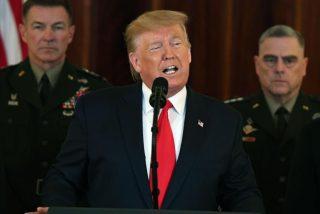 Donald Trump impone duras sanciones a Irán, pero se reserva de momento el 'castigo militar'