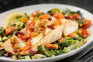 Bacalao con verduras fácil