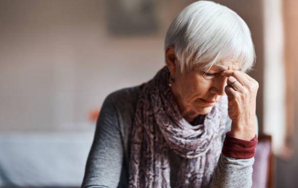 Causas de las bolsas en los ojos envejecimiento