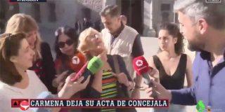 """2019 nos dejó la pregunta más bobalicona de una periodista a Manuela Carmena: """"Ahora que dimite, ¿cómo valora nuestro trabajo?"""""""