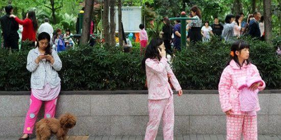 China: usan el reconocimiento facial para sancionar a quien sale a la calle en pijama