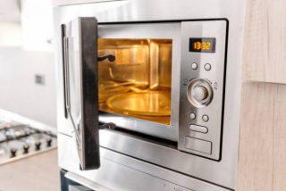 Logran sacar grafito de polvo de carbón a través de un microondas de cocina
