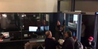 El PSOE, asaltado: Los okupas de Hogar Social Madrid se adueñan de Ferraz