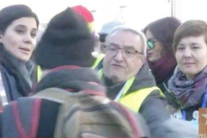 El pensionista que se abalanza sobre otro en pleno directo en laSexta porque le interrumpen