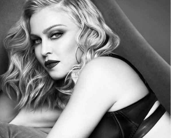 Chrome Clay Mask de MDNA SKIN, de Madonna