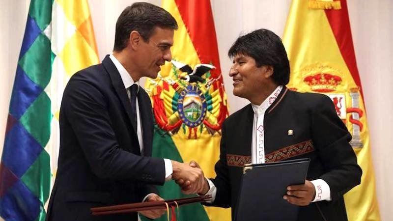 """Evo Morales felicita a Pedro Sánchez tras el """"chapucero"""" y fallido plan de fuga de los GEO"""