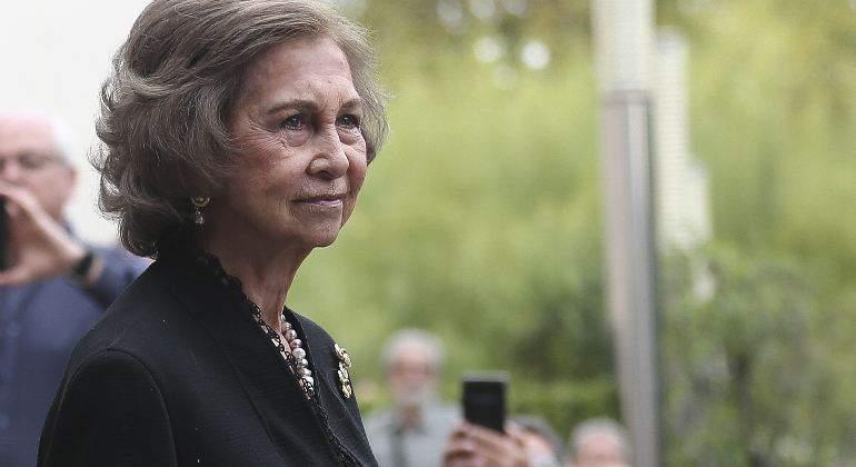 Reina Sofía: Un gravísimo problema familiar arruina las Navidades a una hundida suegra de Letizia