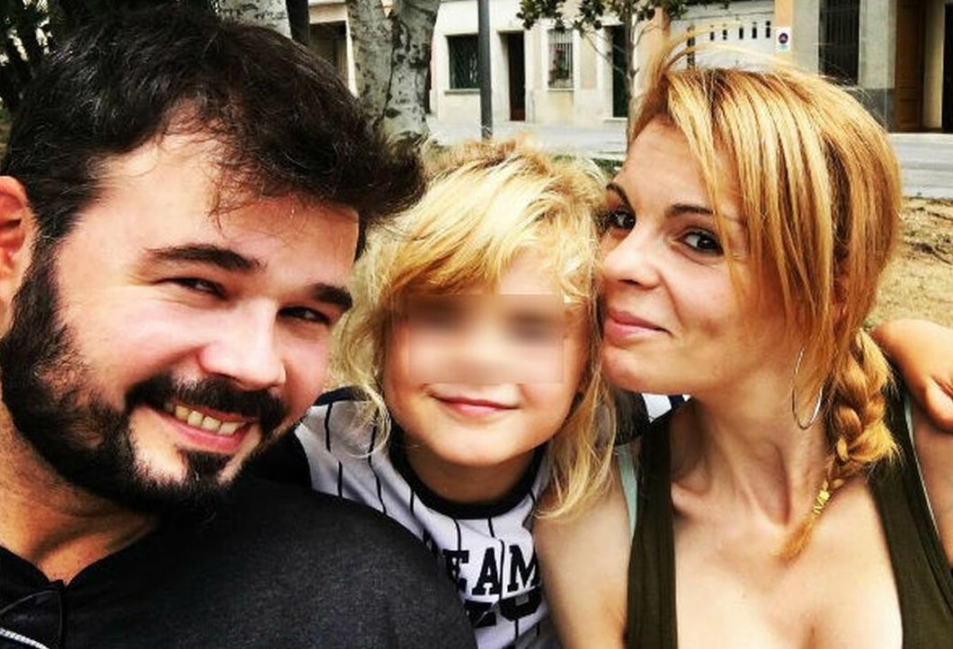 """Mireia Varela, ex de Rufián, lanza un mensaje desgarrador: """"Le supliqué mil perdones"""""""