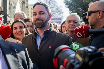 Abascal tritura a Podemos y medios afines por acusarle de ir a buscar la foto con los agricultores: