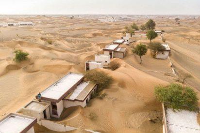 Desierto: El pueblo fantasma tragado por la arena que atrae turistas de todo el mundo
