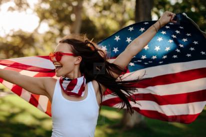 Las recomendaciones de EEUU a sus turistas para evitar violaciones en España