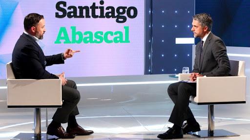 Santiago Abascal cumple su promesa y con un solo tweet deja 'en bragas' a Carlos Franganillo (TVE)