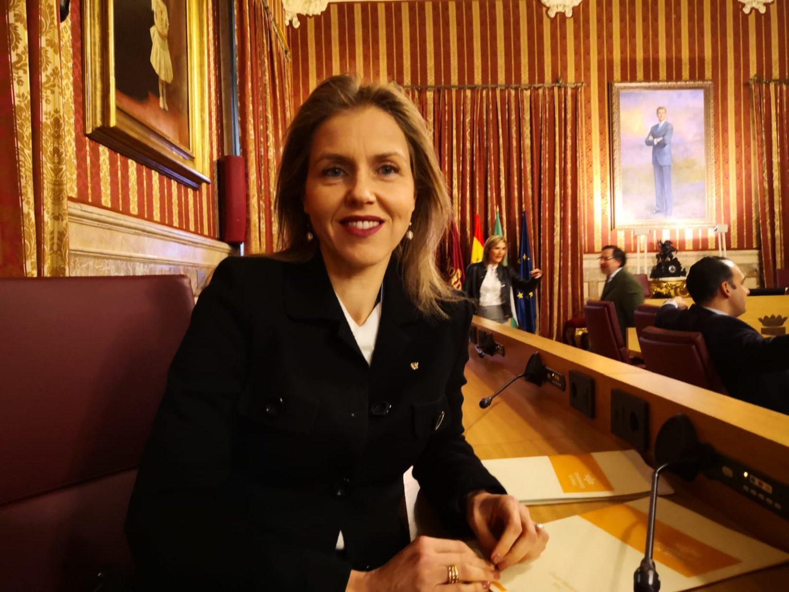 Vox advierte al alcalde de Sevilla que vigilará el destino del medio millón a colectivos feministas